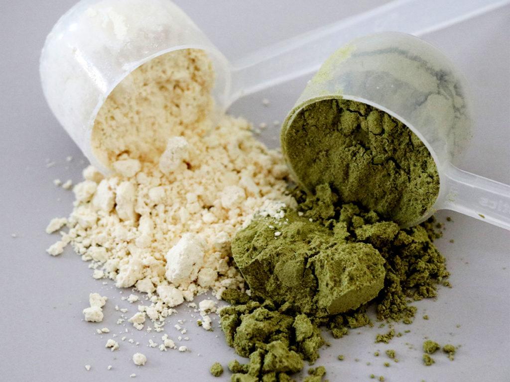 Wie-viele-Kalorien-am-Tag-zum-abnehmen_protein_powder